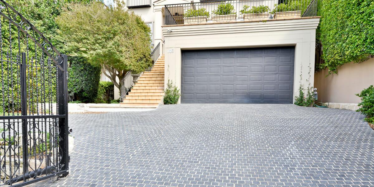 Raven Granite Cobblestone Driveway