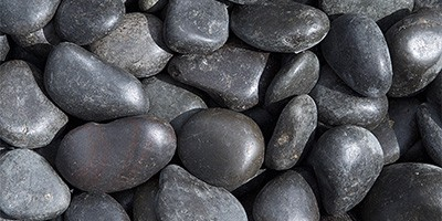 Black Polished Garden Pebbles